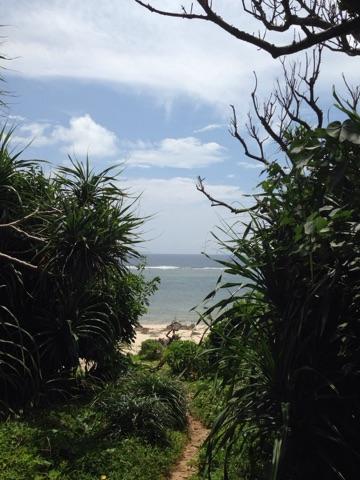久高島のイシキ(伊敷)浜