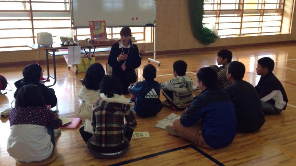 小学校キャリア教育授業プログラム、お米講座の様子2