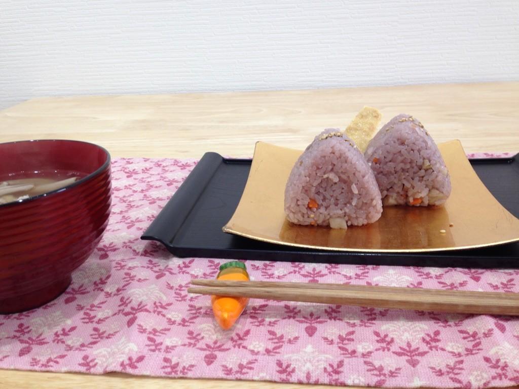 世界に誇る伝統食「おにぎり」