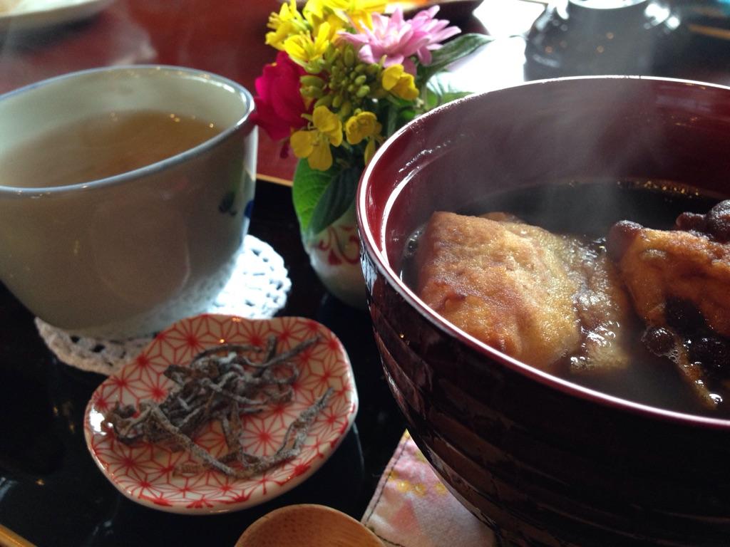 沖縄本部町のピザ喫茶「花人逢」