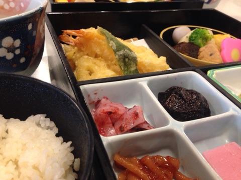 太宰府天満宮近くでお食事。「梅」を堪能しました。