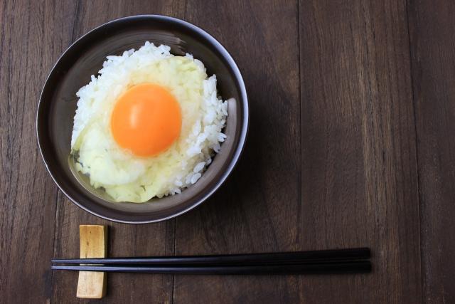 手軽に朝ごはん!その1つに、栄養を閉じ込めた卵の卵かけごはんはいかがでしょう